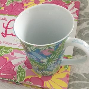 Lilly Pulizter Mug